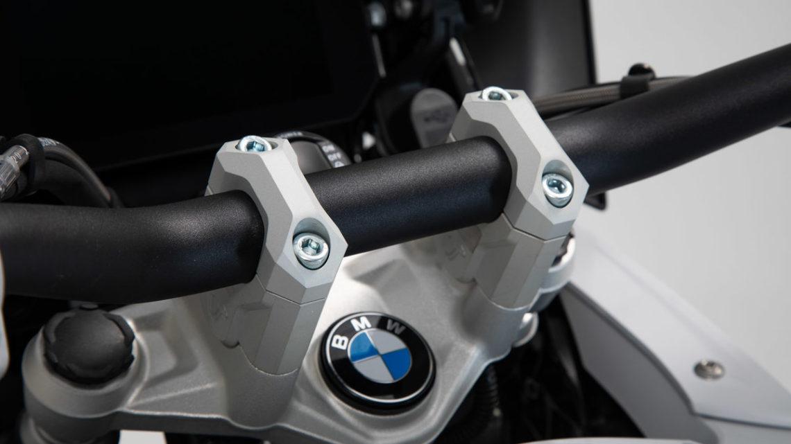 Réhausseur de guidon BMW R 1200 GS LC 1G12 , R12W(K50) (13-18) coloris argent .