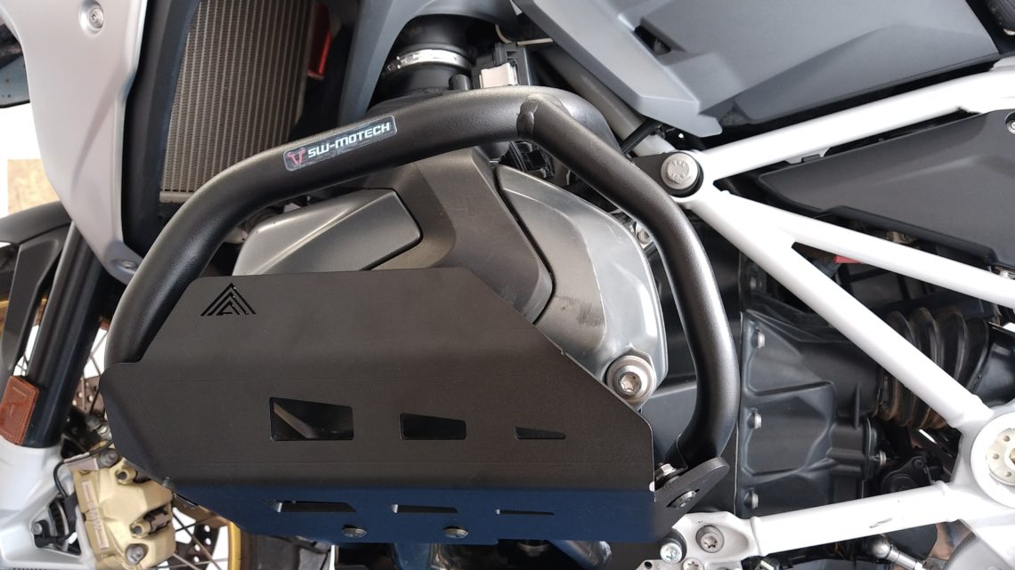 Protections latérales pour crashs bar SW Motech BMW R 1250 GS ( coloris noir )